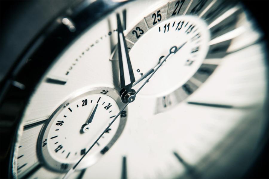Montre pour illustrer le décolletage pour l'horlogerie.